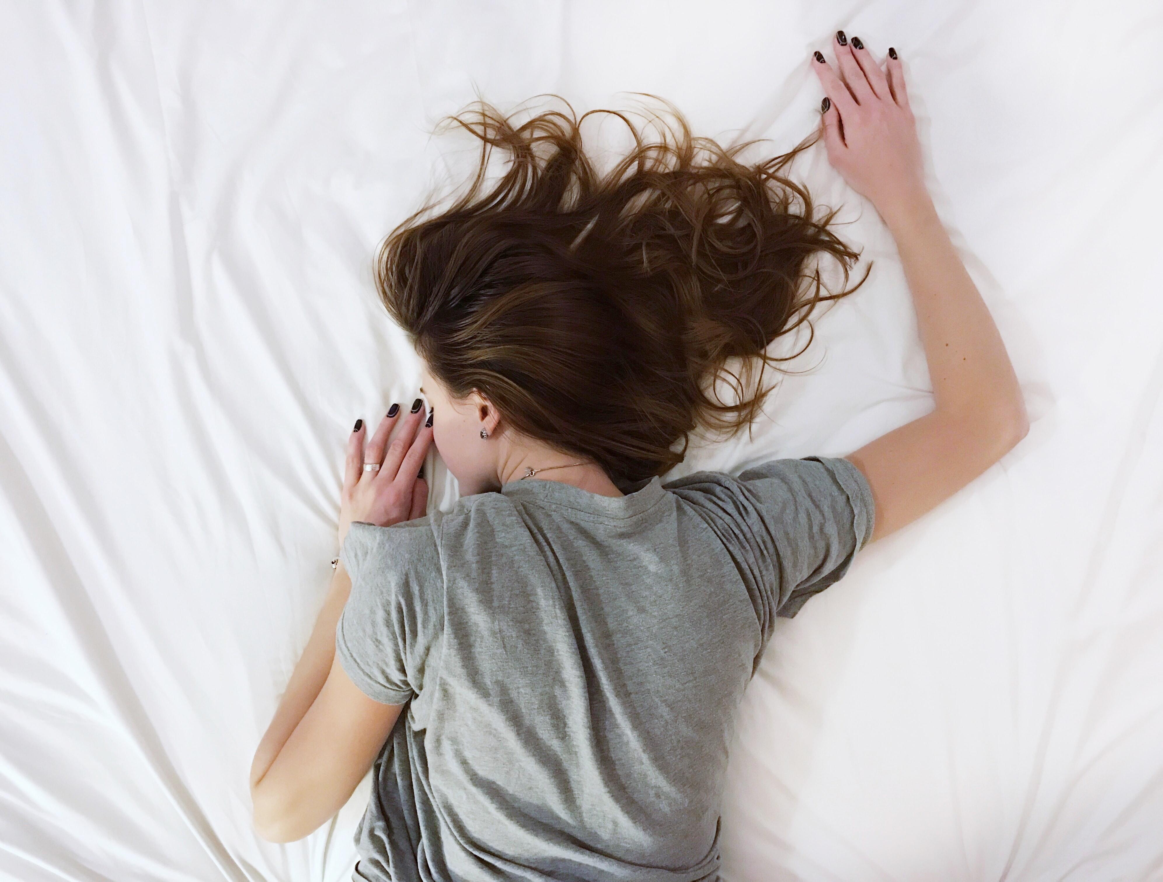 勉強疲れを感じたら、「何もしない日」を作るだけで良い 【 仮眠効果 】